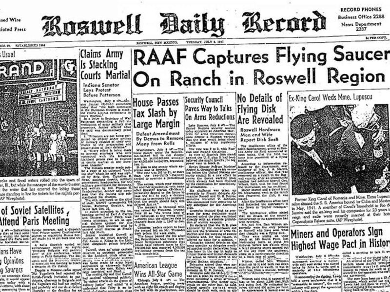 In 1947, A High-Altitude Balloon Crash Landed in Roswell. The Aliens ...
