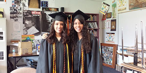 Theyre sisters, co-valedictorians and twins