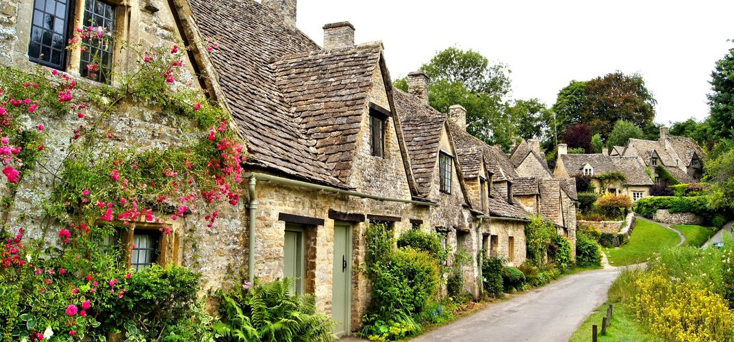 Arlington Row, dating to the 1300s, in Bibury