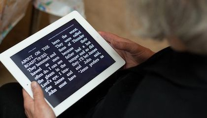 In Study, iPads and Readers Help Those With Vision Loss Read Faster