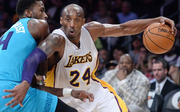 Kobe passes Michael on list of top scoring hoopsters