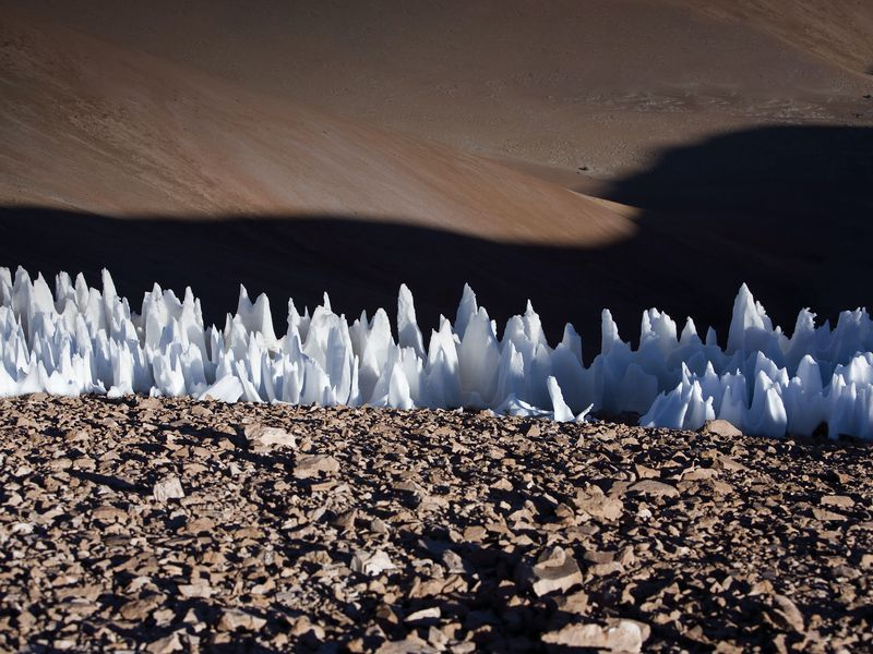 penitent ice formations