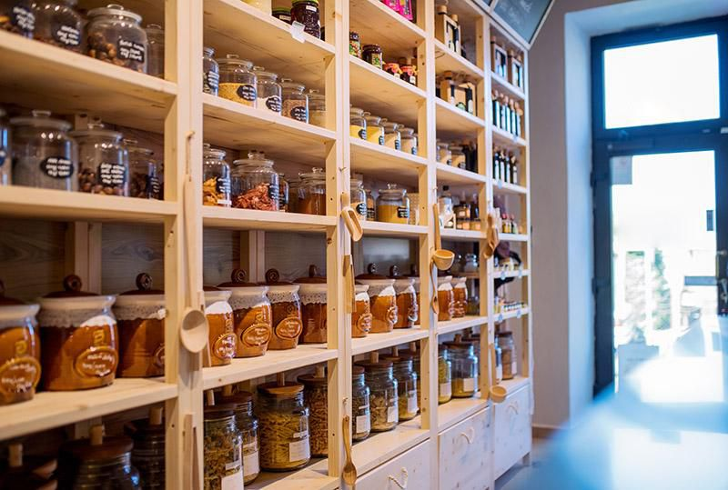 The Rise of 'Zero-Waste' Grocery Stores | Innovation