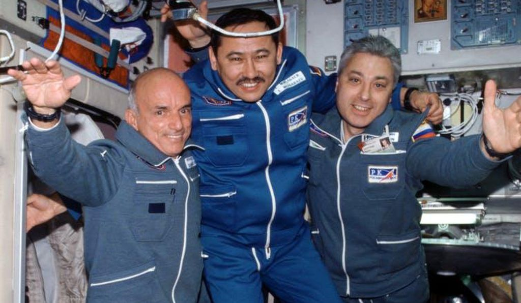 American space tourist Dennis Tito (far left) with Russian cosmonauts