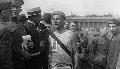 "When ""Bricklayer Bill"" Won the 1917 Boston Marathon, It Was a Victory For All Irish Americans"