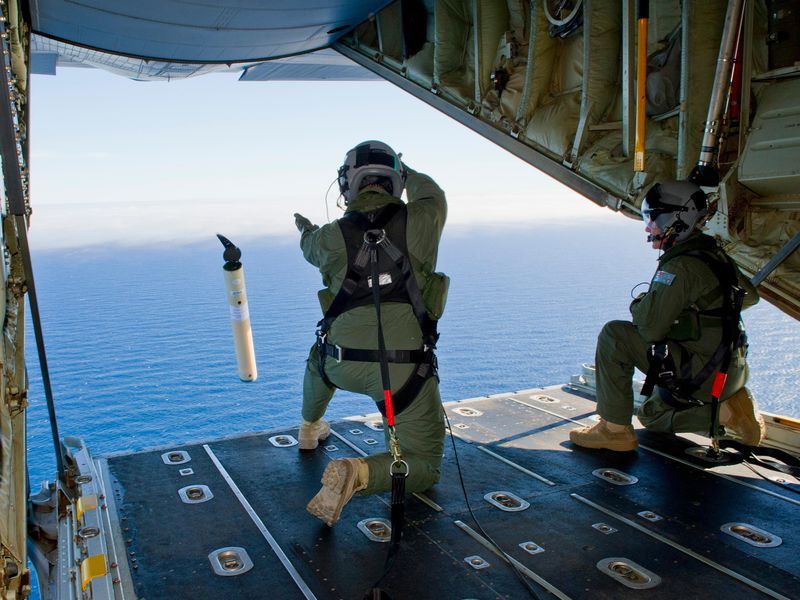 Royal Australian Air Force search for Flight 370