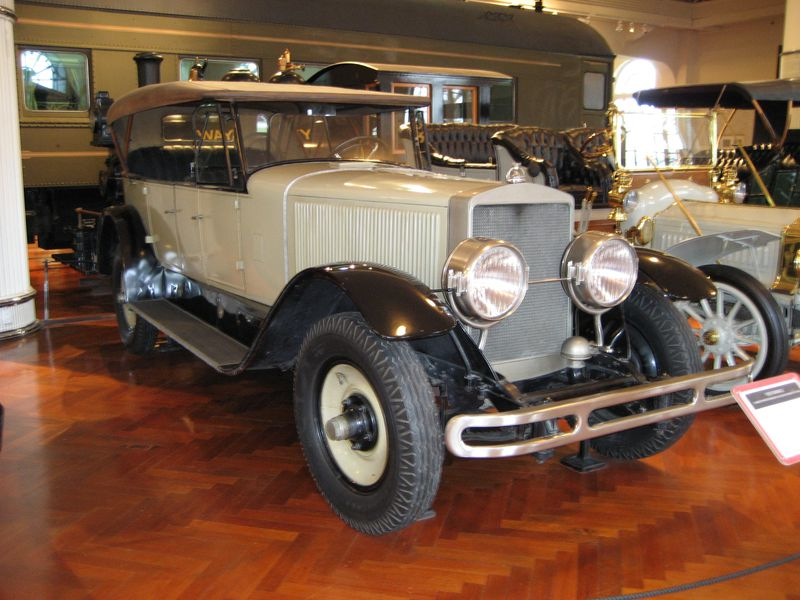Here\'s What Steam-Powered Cars Were Like Before the Combustion ...