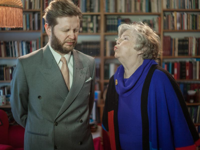 Ragnar-Kjartansson_Me-and-My-Mother2015.jpg