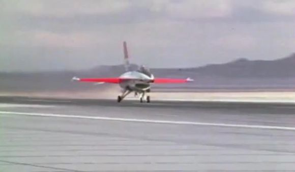 Preview thumbnail for video'The F-16's First Flight