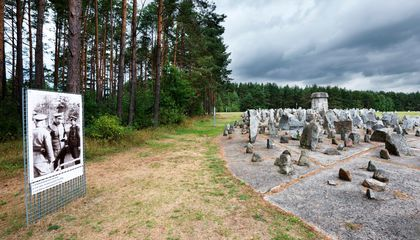 Last Survivor of Treblinka, Final Destination for Up to 925,000 People, Has Died