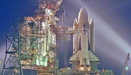 The Space Shuttle's First Crisis