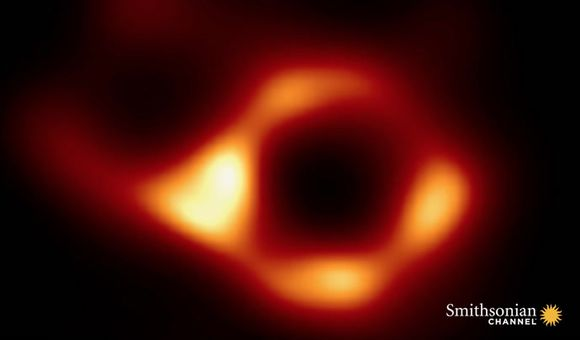 Preview thumbnail for video'Scientists Reveal First-Ever Photograph of a Black Hole
