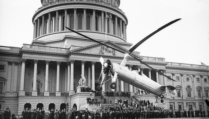 That Postal Worker Who Landed at the U.S. Capitol Wasn't the First