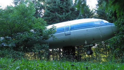 Looking for a New Place to Live? This Man Chose an Airplane