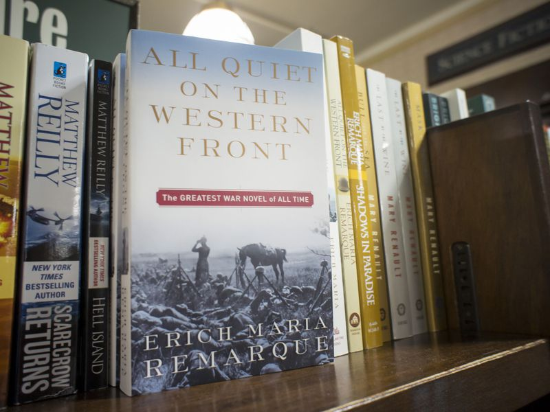 a literary analysis of the novel all quiet on the western front by remarque All quiet on the western front is a literary classic, and this roundup of the book's 21 best quotes reveal why published in 1929, author erich maria remarque used the novel as.