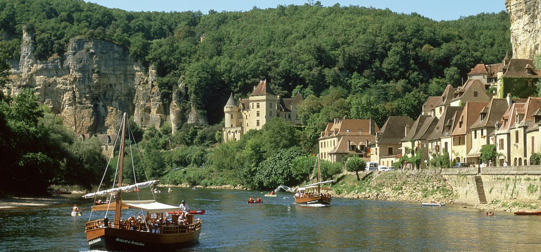 River boats or <i>gabare</i> on the Dordogne River. Credit: France Tourism Bureau