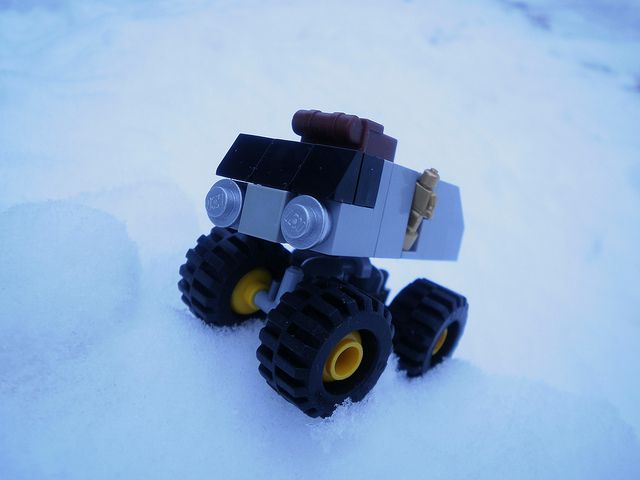 A LEGO rover (not the one used in the experiment.)