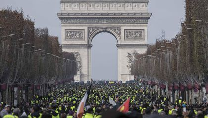 Arc de Triomphe to Reopen After Being Vandalized During 'Yellow Vest' Protests