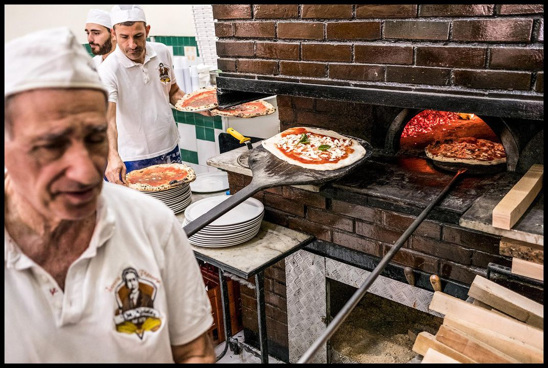 The main oven at Pizzeria Da Michele