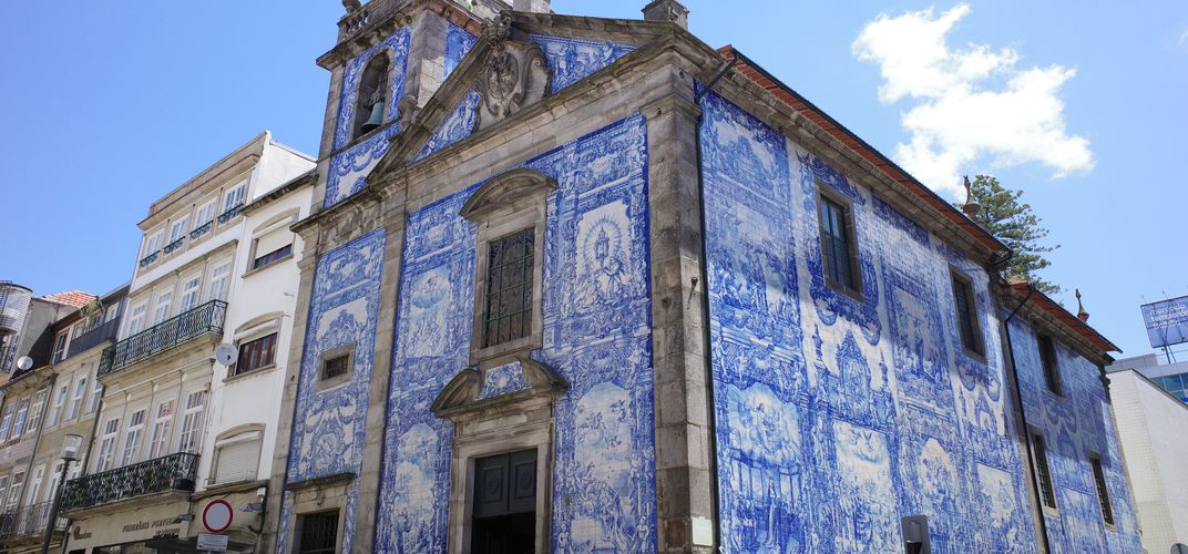 Tile work at the Capela das Almas, Porto
