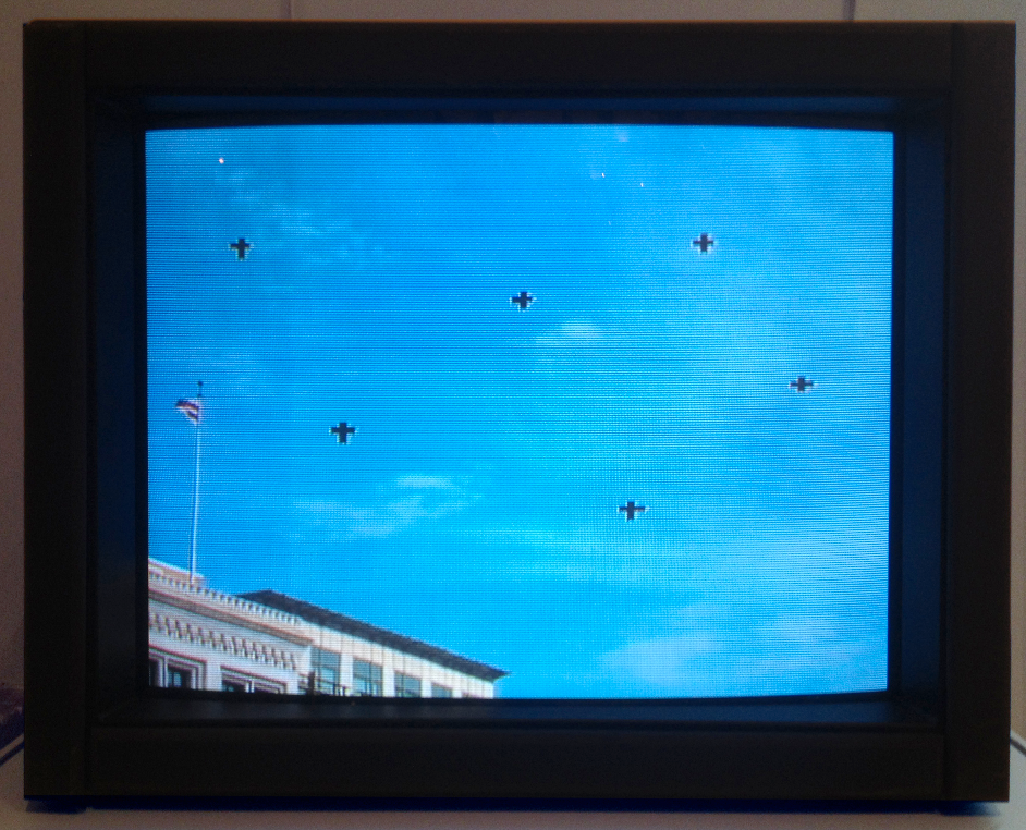 The video analyzer reads six points in the sky, which visitors can match with the points on this television monitor.