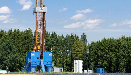 'Fracking' for Natural Gas Is Linked With Earthquakes