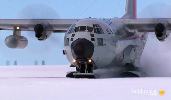 Preview thumbnail for video'Landing on ice