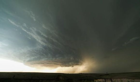 Preview thumbnail for video'Massive Supercell In North Texas