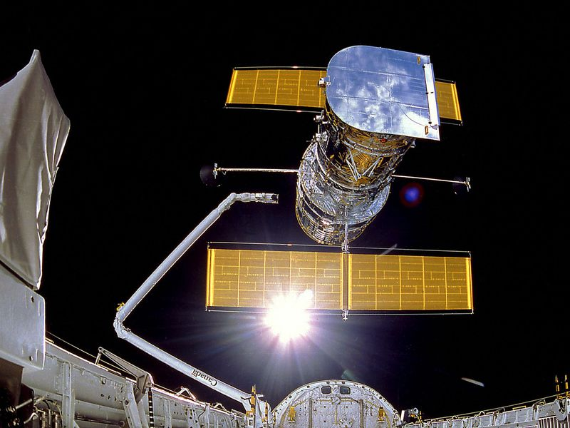 IMAX Cargo Bay Camera view of the Hubble Space Telescope at the moment of release, mission STS-31