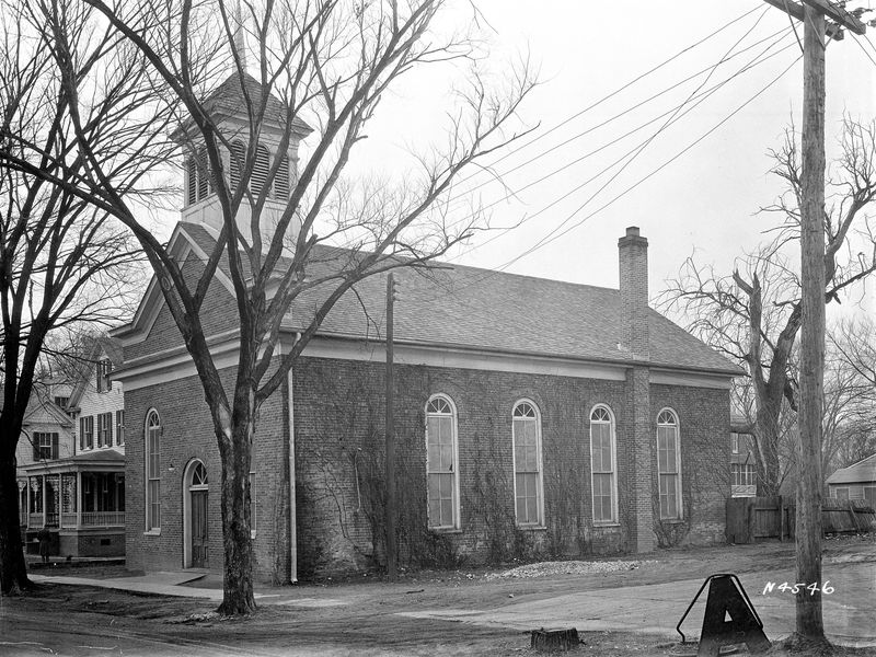 First Baptist Church structure on South Nassau Street