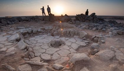 Archaeologists Discover Evidence of Bread Baked Before Advent of Agriculture