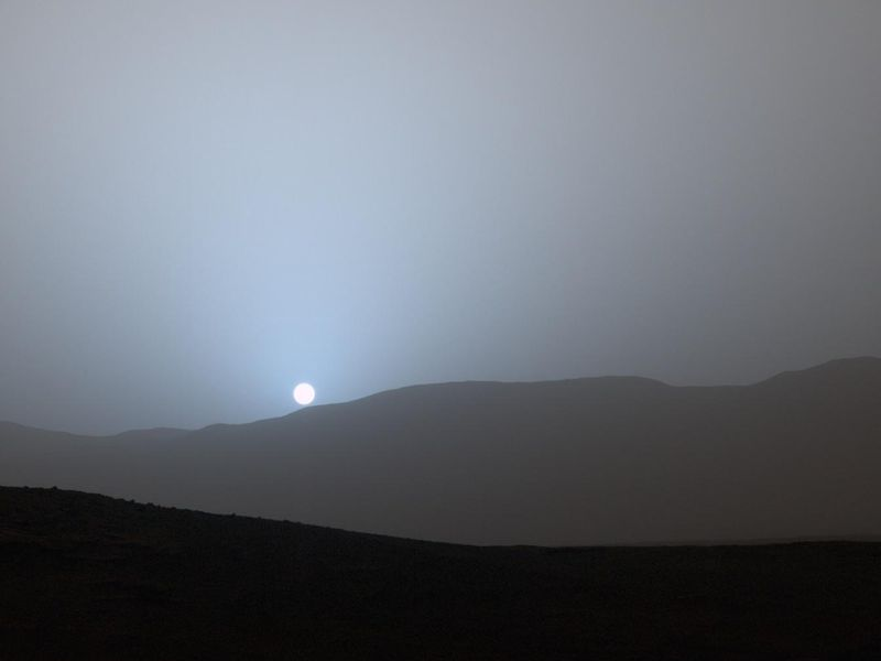 Weather on Mars: Snow Might Hit Red Planet in Nighttime Storms