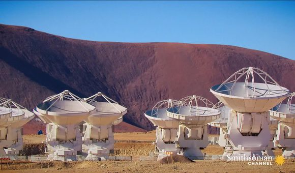 Preview thumbnail for video'The world's largest radio telescope