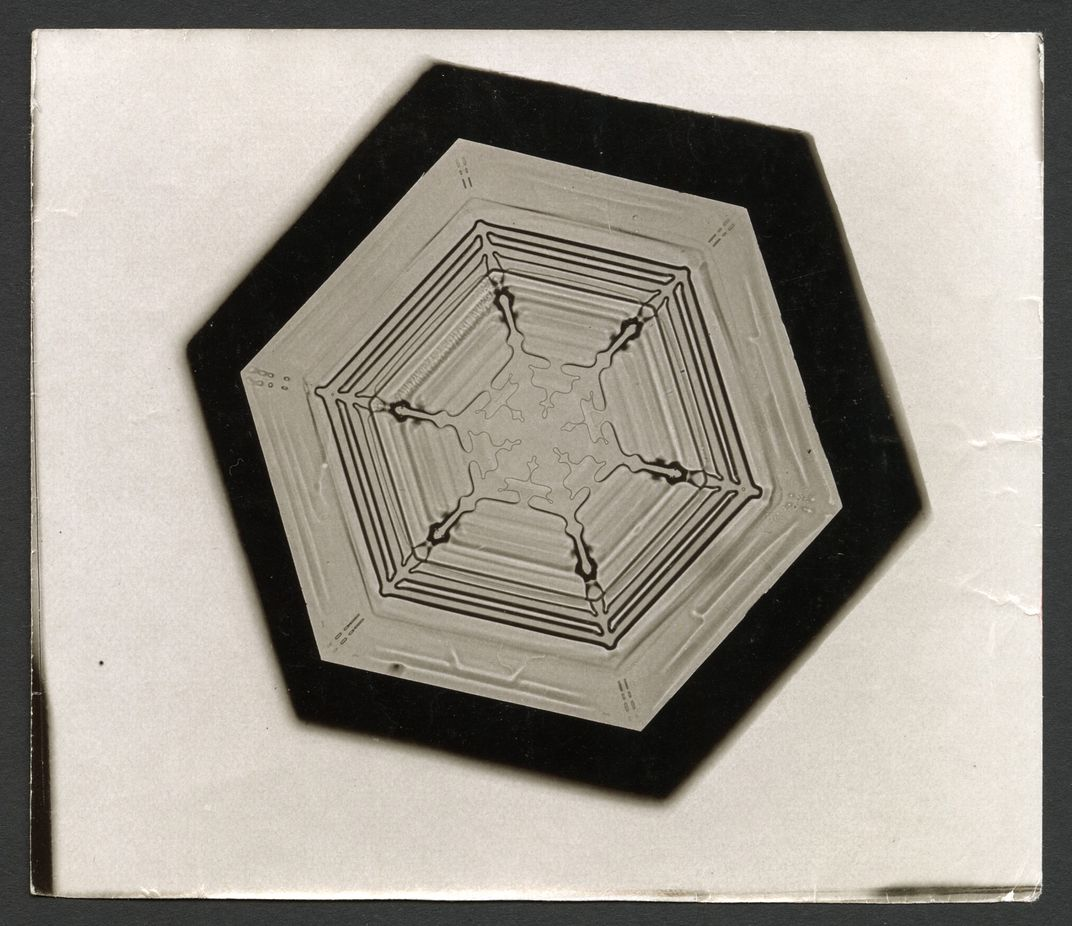 The man who revealed the hidden structure of falling snowflakes bentley found each snowflake is as different from its fellows as human beings are from each other smithsonian institution archives jeuxipadfo Images