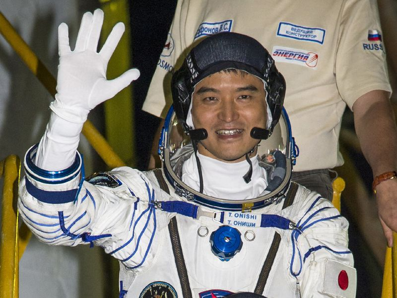 exp48 launch - Onishi.jpg