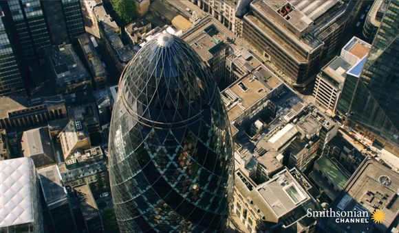 Preview thumbnail for video'Why London Skyscrapers Are Famous for Their Distinctive Looks