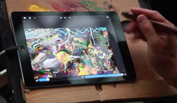 Preview thumbnail for video'Live iPad Painting by Jeremy Sutton