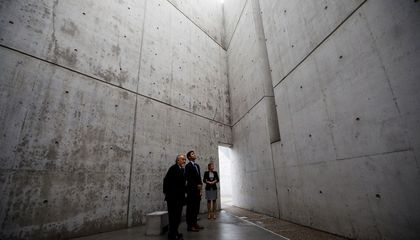 Canada to Replace Holocaust Plaque After Uproar