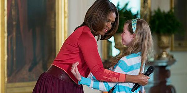Girl asks Mrs. Obama to help her dad find a job