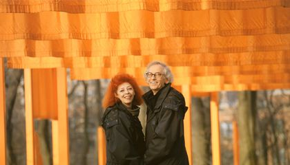 Christo, Artist Who Wrapped Landmarks and Coastlines in Fabric, Dies at 84