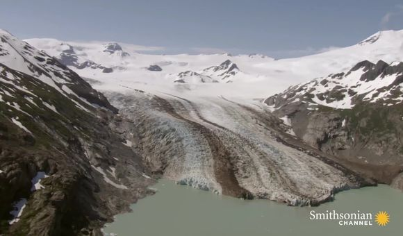 Preview thumbnail for video'Alaska's glaciers take up more space than all of West Virginia