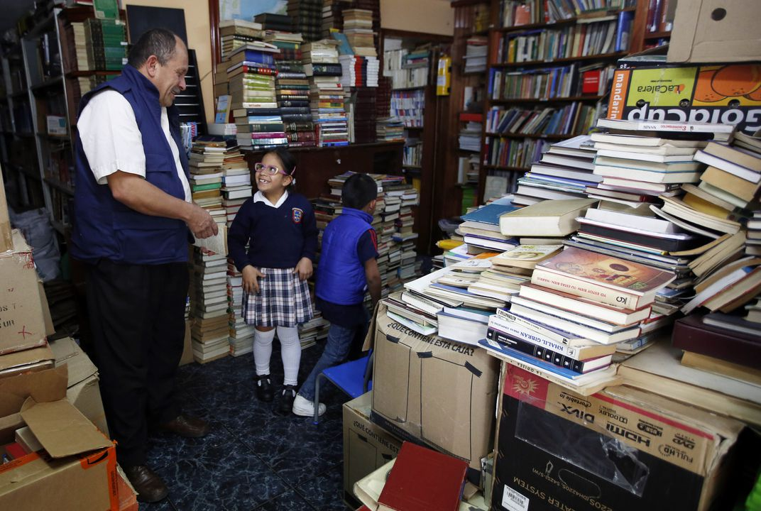 Garbage collector creates library from rescued books