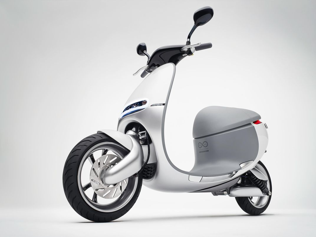 Will Electric Scooters Take Over The Worlds Mega Cities 56 Vespa Scooter Wiring Schematic Smartscooter Can Travel 60 Miles Per Charge At 25 Hour It Reaches A Top Speed Of Gogoro