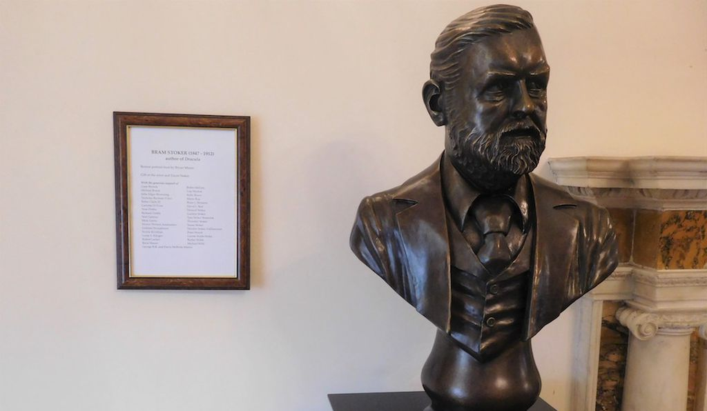 A bust of Stoker created by sculptor Bryan Moore resides inside the Dublin Writers Museum.