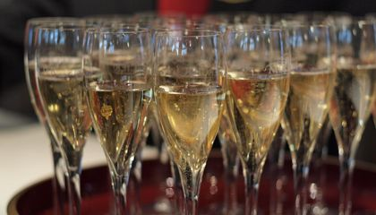Is Your Champagne Good? Listen to the Bubbles for Clues