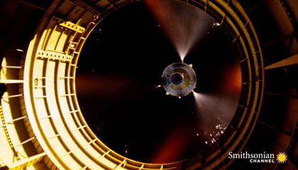 Preview thumbnail for video'How NASA Cut Costs With a New Kind of Spacecraft