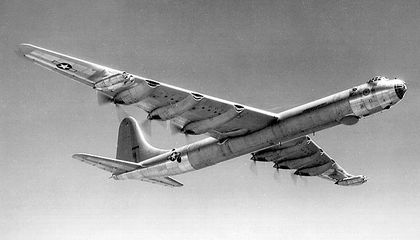 B-36: Bomber at the Crossroads