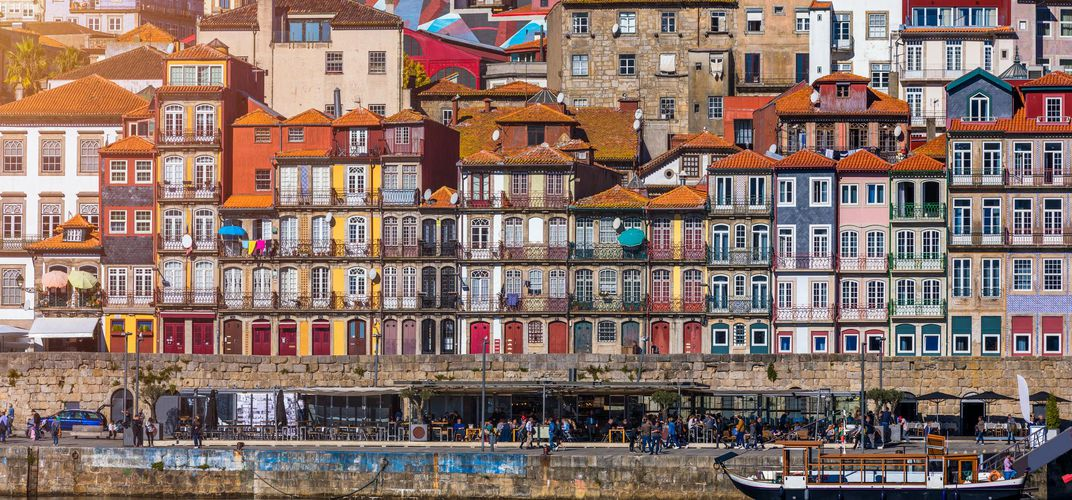 The quay along the Douro River, Porto