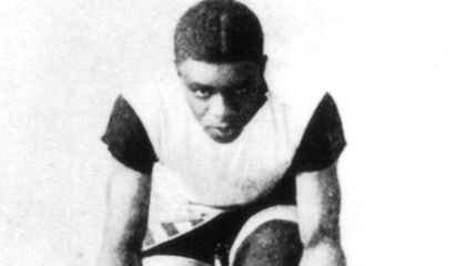 """The Unknown Story of """"The Black Cyclone,"""" the Cycling Champion Who Broke the Color Barrier"""