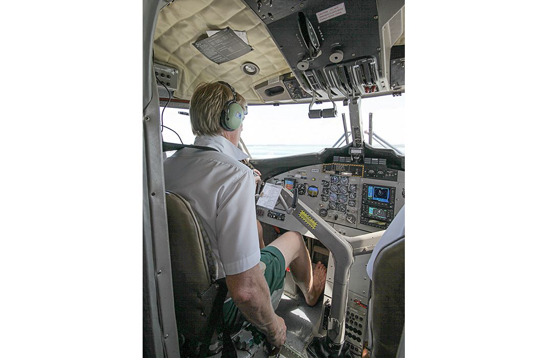 Barefoot Pilots of the Maldives | Flight Today | Air & Space